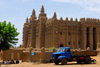 Djenné, Mopti Region, Mali: truck and the Great Mosque of Djenné - UNESCO World Heritage Site - photo by J.Pemberton