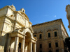 Malta: Malta: Valletta - church and palace (photo by ve*)