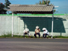 Mexico - Tabasco: old cowboys waiting for the bus (photo by A.Caudron)