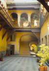Mexico City: the sun illuminates a colonial court yard / patio (photo by M.Torres)