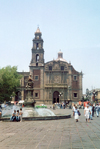 Mexico City: church / iglesia  (photo by M.Torres)