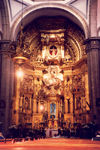 Mexico City / Ciudad de Mexico: Altar (photo by M.Torres)