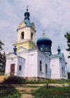 Moldova / Moldavia - Ivancea: blue domed church - photo by M.Torres