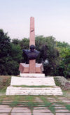 Moldova / Moldavia - Svetlii: the Red Army remains - WWII monument - photo by M.Torres