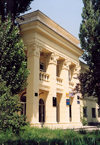 Chisinau / Kishinev, Moldova: pastel - neo classical architecture - photo by M.Torres