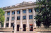 Chisinau / Kishinev, Moldova: the National Library - architect A.Ambartumian - statue of the poet Vasile Alecsandri by Ion Zderciuc - Str 31 August 1989 - Cladirea Bibliotecii Nationale - photo by M.Torres