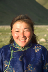 Mongolia - Khentii province: country girl with broad smile - photo by A.Summers