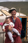 Mongolia - Open Mongolian Steppe - Mongolian-Manchurian grassland: family and Ger (Turkish name 'yurt') - photo by A.Summers