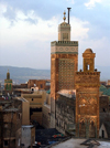 Morocco / Maroc - Fez: minarets of the Bou Inania madrassa (photo by J.Kaman)