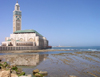 Morocco / Maroc - Casablanca: Hassan II mosque and the beach - photo by J.Kaman