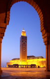 Morocco / Maroc - Casablanca: Hassan II mosque - at dusk - photo by J.Kaman
