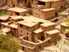 Morocco / Maroc - Ikkiss (Marrakesh Tensift-Al Haouz region): architecture of the Atlas mountains - photo by J.Kaman