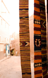 Morocco - Ouarzazate: textiles - Berber paterns - photo by M.Ricci