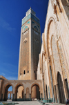 Casablanca, Morocco: Hassan II mosque - minaret and southern façade - photo by M.Torres