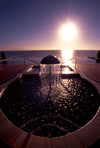 Mozambique / Moçambique - Pemba: Hotel Pemba Beach and Spa - whirlpool against the sun - Pemba bay / jacuzzi contra o sol - Baía de Pemba - photo by F.Rigaud