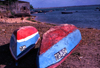 Africa - Ilha de Mo�ambique / Mozambique island: barcos na praia / boats on the beach - photo by F.Rigaud
