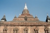 Myanmar / Burma - Bagan / Pagan: temple with stupa (photo by J.Kaman)
