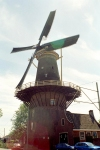 Netherlands - Delft  (Zuid-Holland): windmill (photo by M.Bergsma)