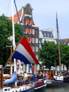 Netherlands - South Holland - Dordrecht - flag and façades - Wolwevers harbor - photo by M.Bergsma