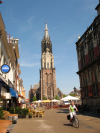 Netherlands - Delft  (Zuid-Holland): view to de Markt - Nieuwe kerk - bike - photo by  D.Hicks