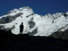 60 New Zealand - South Island - Aoraki / Mt. Cook National Park - man and mountain - Canterbury region (photo by M.Samper)