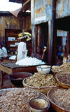 Nigeria - Kano: shopkeeper at the market - photo by Dolores CM
