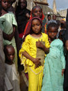 Nigeria - Kano: girls - photo by A.Obem