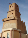 Nigeria - Katsina (Kano State): mud architecture - Gobirau Minaret - mosque - built in 11th century - made with a combination of clay, straw, animal blood and 'karite', a vegetable butter (photo by Anna Obem)