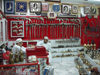 Oman - Nizwa: shop specializing in the traditional Arab dagger, the khanjar - photo by B.Cloutier