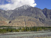 Hunza Valley - Northern Areas, Pakistan: mountains along the Hunza River - Karakoram Highway - N35 - KKH - Hunza tour - photo by D.Steppuhn