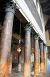 Bethlehem, West Bank, Palestine: Church of the Nativity - Corinthian pillars in the nave - much of the church's marble was looted by the Ottomans to be re-used in the Temple Mount in Jerusalem - Basilica della Nativit� - photo by M.Torres