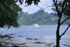 beach and yacht - Isla Grande, Col�n, Panama, Central America - photo by H.Olarte