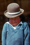 Cuzco region, Peru: Quechua girl with hat - photo by J.Fekete