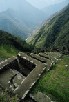 Hui�ay Huayna, Cuzco region, Peru: the Ritual Baths, a few hours from Machu Picchu - terraces - Inca Trail - photo by C.Lovell