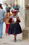 Cuzco, Peru: old lady with Quechua hat - photo by M.Bergsma