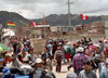 Peru - Desaguadero (Puno region): Bolivian border - the human flow - photo by M.Bergsma