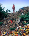 Manila city, Philippines - toddler and garbage - Slums and shanty towns - photo by B.Henry
