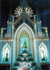 Philippines - Manila: the Virgin in the altar - Catholic church - photo by M.Torres