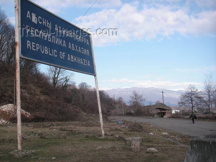 abkhazia23: Abkhazia: Abkhazian border sign - cease fire line (photo by A.Kilroy) - (c) Travel-Images.com - Stock Photography agency - Image Bank