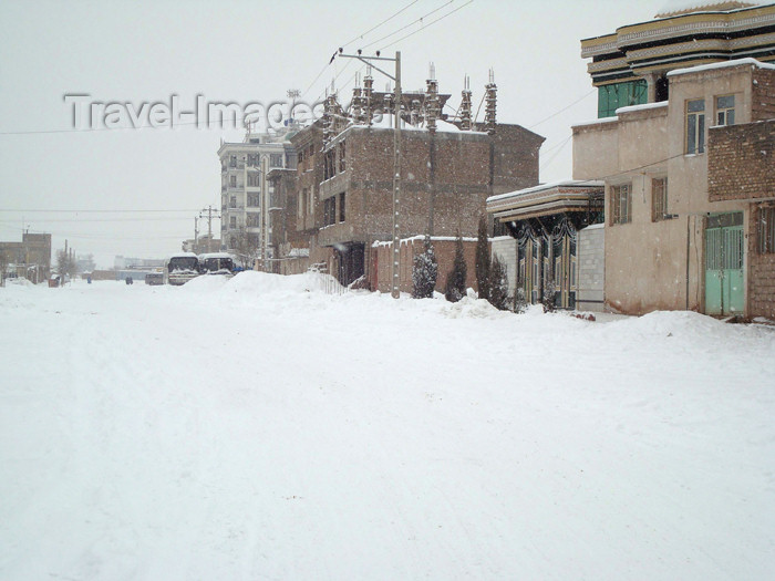 afghanistan38: Herat, Afghanistan: snow covered street - winter scene - photo by N.Zaheer - (c) Travel-Images.com - Stock Photography agency - Image Bank