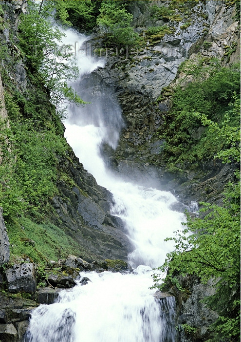 alaska115: Alaska - Skagway: waterfall (photo by A.Walkinshaw) - (c) Travel-Images.com - Stock Photography agency - Image Bank