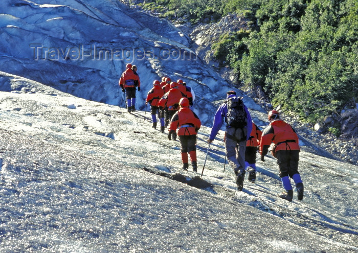 alaska129: Alaska - Glacier Bay NP: Glacier Track - group climbing on the ice - photo by A.Walkinshaw - (c) Travel-Images.com - Stock Photography agency - Image Bank