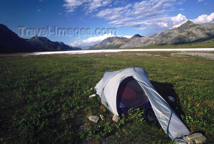 alaska140: Brooks range, Alaska: National wildlife refuge - bivouac in the bed of Chandalar river - photo by E.Petitalot - (c) Travel-Images.com - Stock Photography agency - Image Bank
