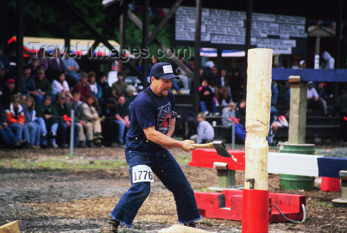 alaska182: Alaska - Juneau: axe - forestry-workers festival - photo by E.Petitalot - (c) Travel-Images.com - Stock Photography agency - Image Bank