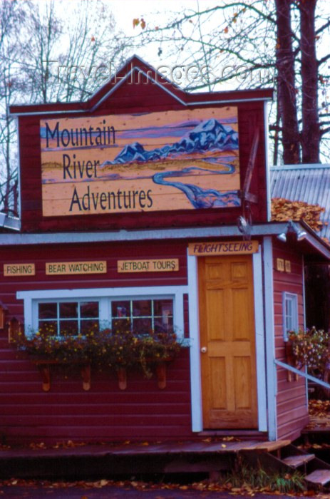 alaska27: Alaska - Talkeetna: Mountain River Adventures HQ (photo by F.Rigaud) - (c) Travel-Images.com - Stock Photography agency - Image Bank
