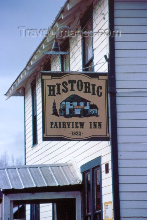 alaska38: Alaska - Talkeetna: the Fairview Inn (photo by F.Rigaud) - (c) Travel-Images.com - Stock Photography agency - Image Bank