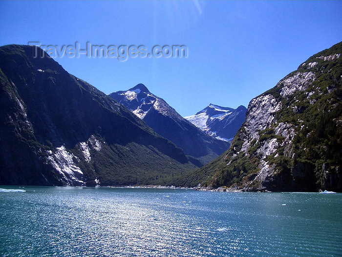 alaska72: Alaska's Inside Passage - Tracy Arm Fjord: glacial valley (photo by Robert Ziff) - (c) Travel-Images.com - Stock Photography agency - Image Bank