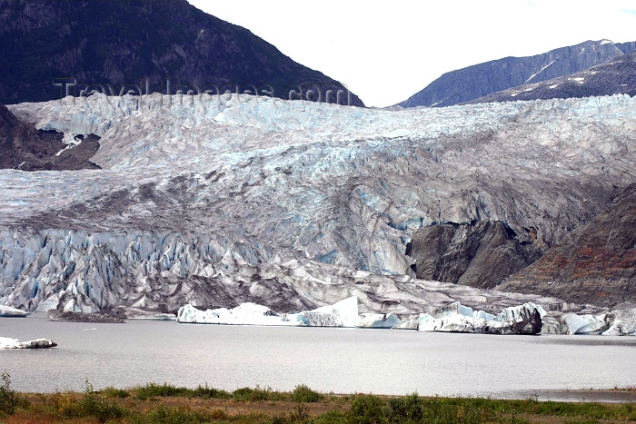 alaska79: Alaska - Juneau: Mendenhall Glacier - close (photo by Robert Ziff) - (c) Travel-Images.com - Stock Photography agency - Image Bank