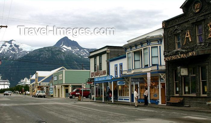 alaska93: Alaska - Skagway: main street (photo by Robert Ziff) - (c) Travel-Images.com - Stock Photography agency - Image Bank