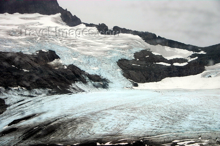 alaska97: Alaska - Skagway: aerial view of Denver Glacier (photo by Robert Ziff) - (c) Travel-Images.com - Stock Photography agency - Image Bank